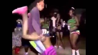 Танцы в африке)