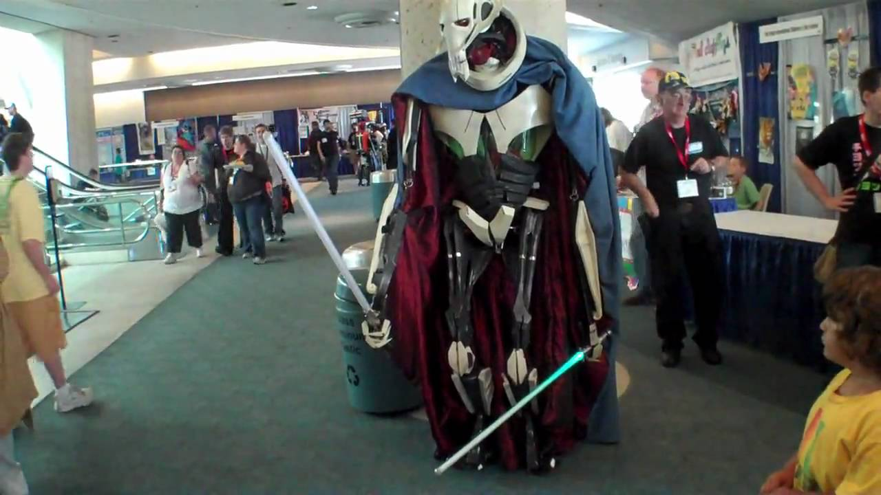Girl Scout Wallpaper Comic Con 2010 Awesome General Grievous Costume Major