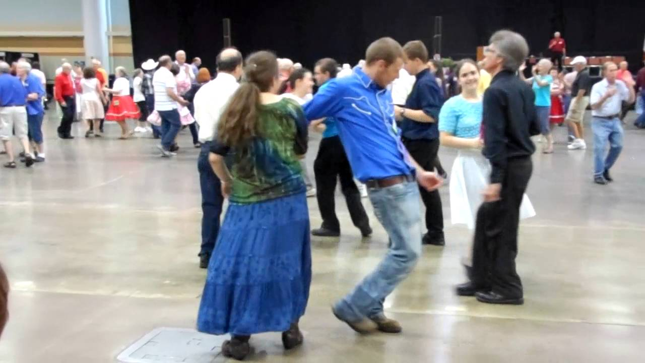 national square dance convention des moines iowa 2016 youth square youtube. Black Bedroom Furniture Sets. Home Design Ideas