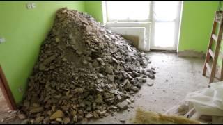 Bourání betonu po zedníkovi fušerovi 2