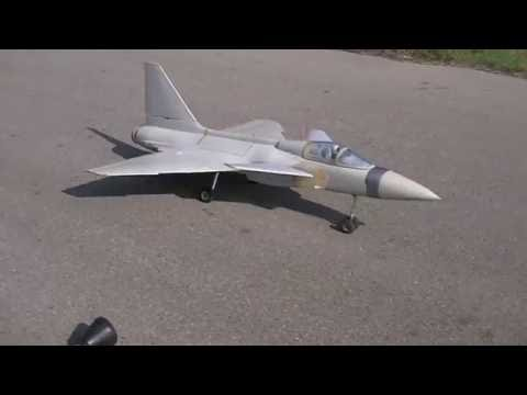 RC GRIPEN WITH