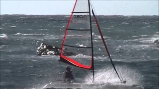 Minicat Catamaran 420 Emotion in strong winds