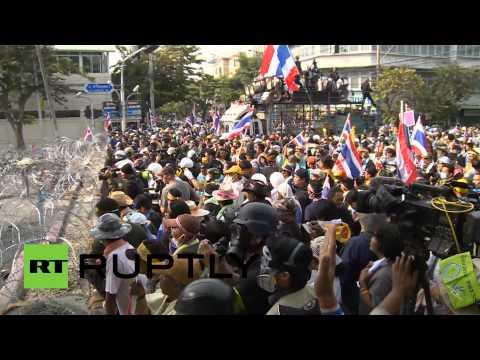 Перемирие между правительством и оппозицией Таиланда на время празднования дня рождения короля
