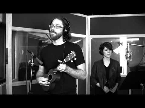 Jonathan Coulton w Sara Quin and Dorit Chrysler theremin  Still Alive  Video
