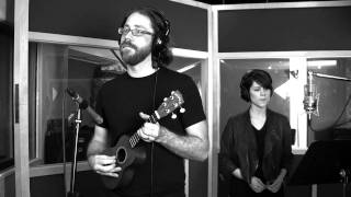 Jonathan Coulton w/ Sara Quin and Dorit Chrysler (theremin) - Still Alive (Official Video)