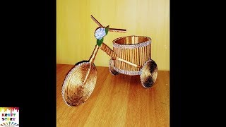 Newspaper craft idea | Newspaper Cycle Pen Stand | waste material craft