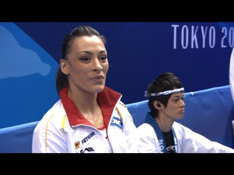 WC TOKYO 2011 - Catalina PONOR (ROU) Travel Video