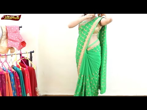 Sexy Saree wearing navel fully exposed