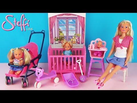 Кукла Штеффи с малышами, коляской и игрушками Распаковка и обзор Игровой набор для девочек