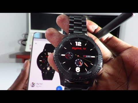 Samsung gear s3: Customize your own watch faces.