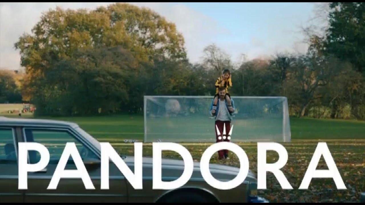 """Musique de la pub Pandora – merci maman de toujours être présente """"something about you""""  Mai 2021"""