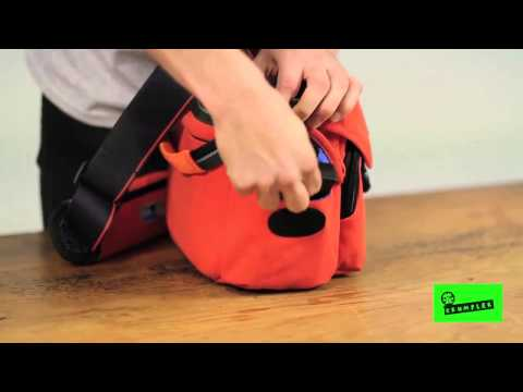 Crumpler: Kashgar Outpost (M) Camera Shoulder Bag