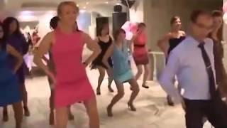 Пошлые свадебные конкурсы с участвием голых девушек Vulgar wedding contests with participating girls