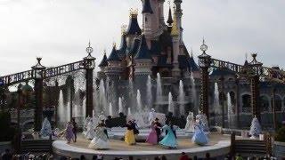 Les Vœux Royaux de Noël (2015) - Disneyland Paris