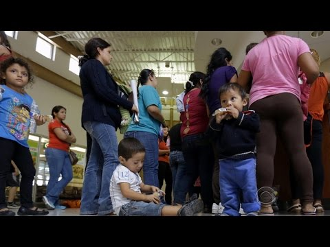 Federal judge orders release of immigrant women and children