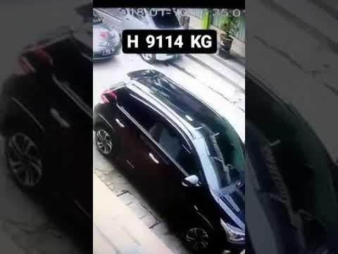 Viral ! Wanita Berhijab Tertangkap Basah CCTV