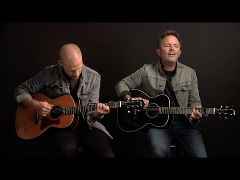 "Chris Tomlin — ""Good Good Father"" (Intimate & Unplugged)"