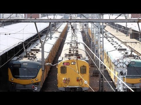 South Africa news today | Cable theft leaves 60 000 Metrorail commuters stranded in Soweto