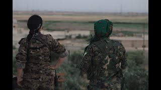 أخبار عربية | سوريا الديمقراطية تسيطر على بلدة استراتيجية لداعش جنوب #الرقة