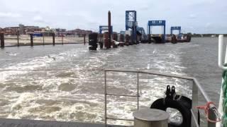 Nordseeinsel Amrum: Ablegen der Fähre vom Fähranleger Wittdün 03.06.2012