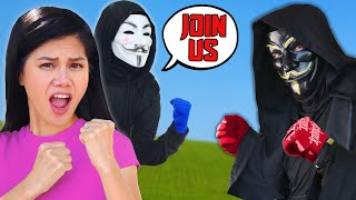 I JOIN HACKERS vs CLOAKER! Surprising my Best Friend Regina with a Battle Royal Rescue Challenge!