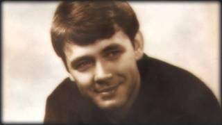 Download Юрий Гуляев - Усталая подлодка (студийная запись 1966г) Mp3 and Videos