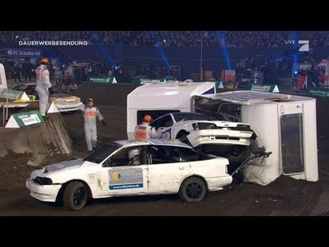 Krasser Crash von Dner bei Stock Car - TV total Stock Car Crash Challenge