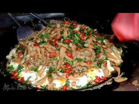 Malaysian Street Food || Nasi Goreng Ikan Masin