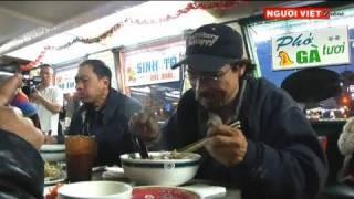Người vô gia cư ở Little Saigon ăn phở miễn phí