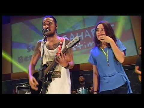 "Reggae "" BENCI TAPI RINDU "" by : ELLO feat SHAE live concert Sumsel"