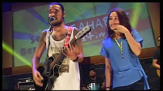 "Download Video Reggae "" BENCI TAPI RINDU "" by : ELLO feat SHAE live concert Sumsel MP3 3GP MP4"