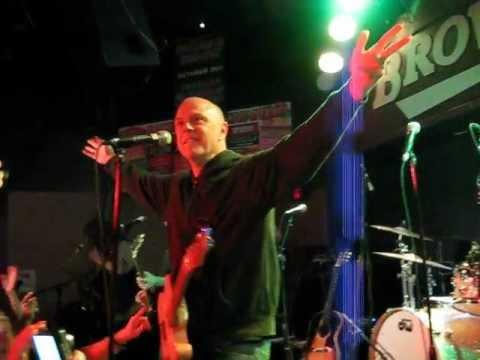 In The Pocket: Essential Songs Of Philadelphia Performing