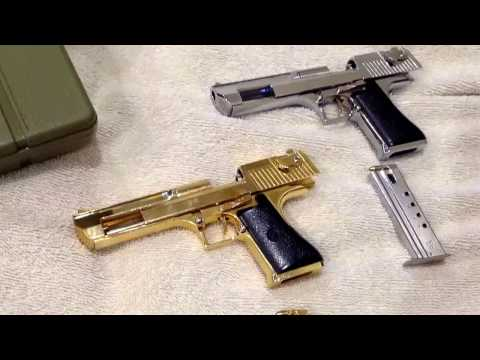 Miniature Guns: Desert Eagle 1:2 Silver & Gold