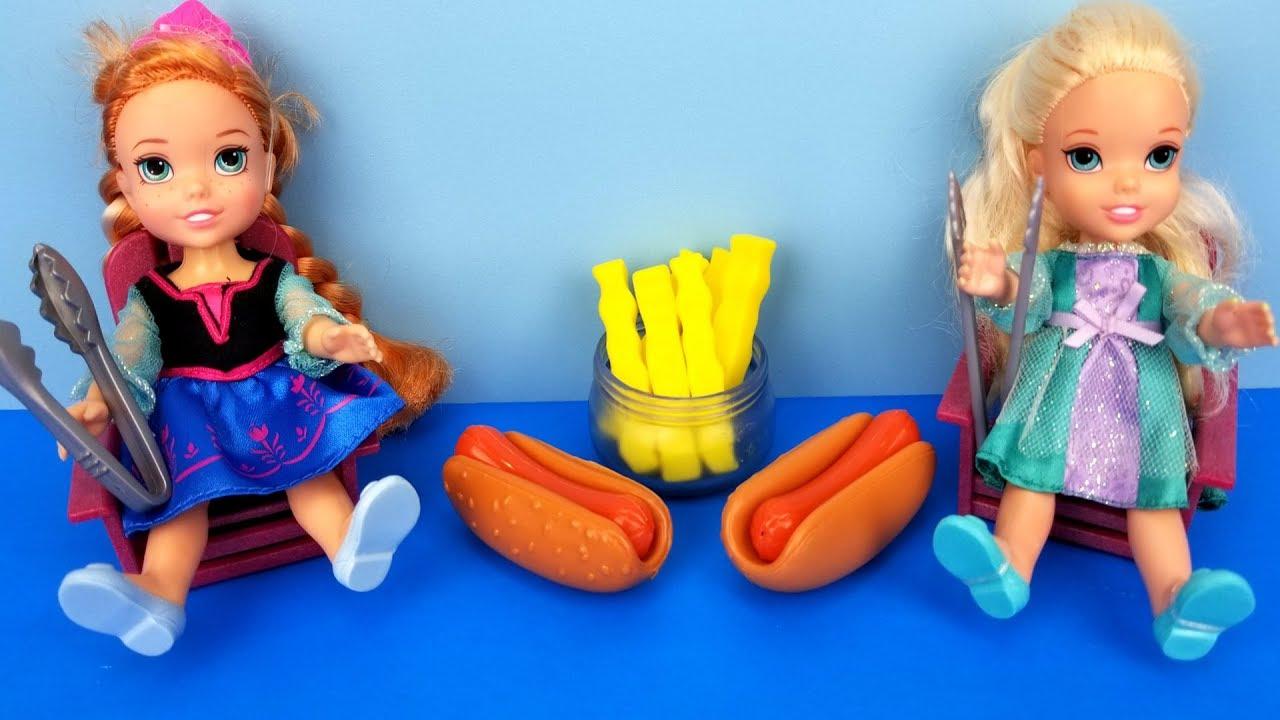 Elsa And Anna Toddlers Bbq Contest Barbie Ketchup Hotdog Burgers Picnic Food