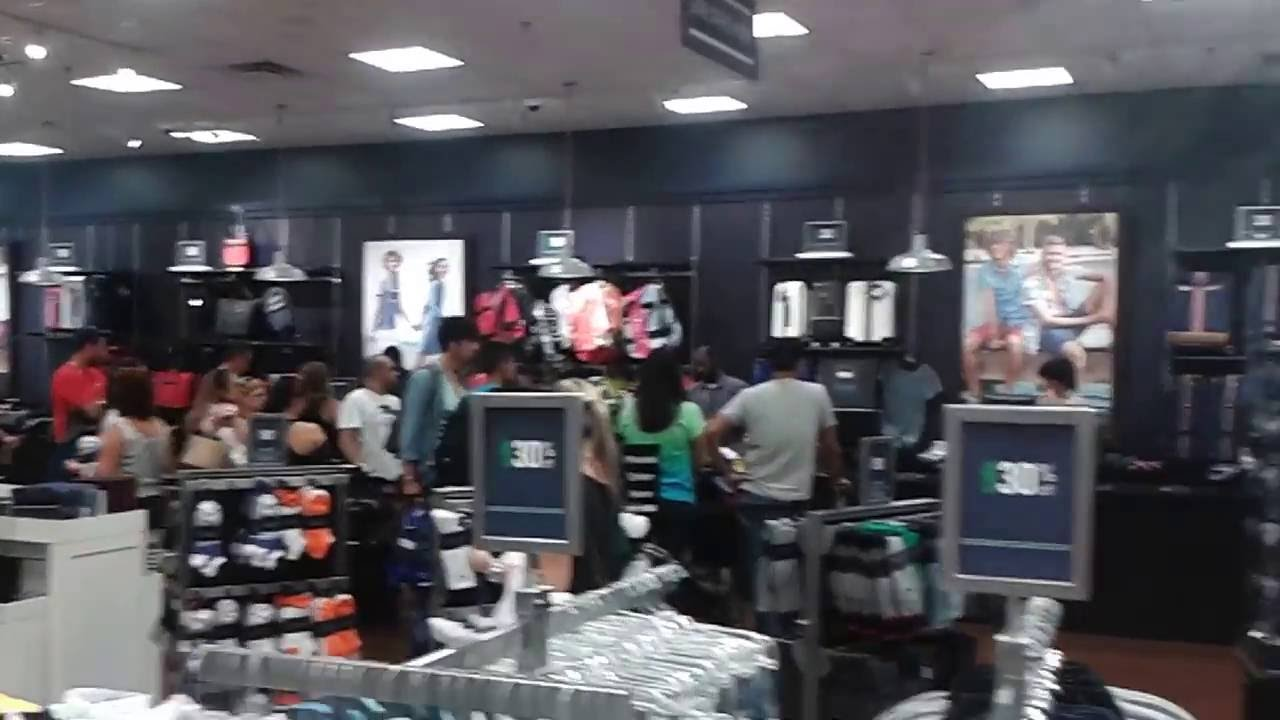 f8701bd21 Tommy Hilfiger outlet store Florida - YouTube