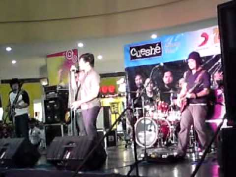 Cueshe - Stay (Live at Robinson's Nova) mp3