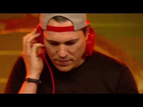 DJ Tiesto Live At Tomorrowland Belgium 2016