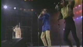 Menudo Live in Manila: Summer In The Street (1987)