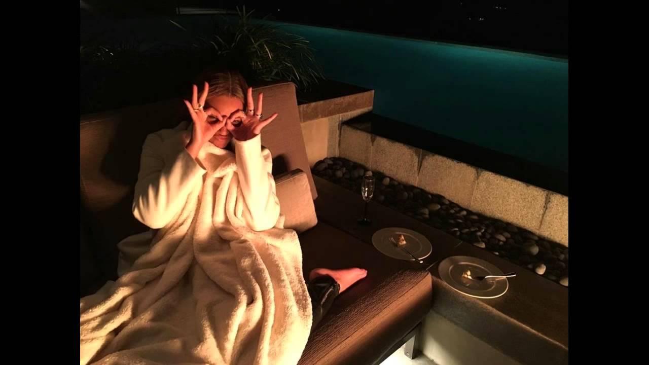 Beyonce knowles 666 illuminati hand symbol exposed devil beyonce knowles 666 illuminati hand symbol exposed devil worshiper salutes her true god satan youtube biocorpaavc Gallery