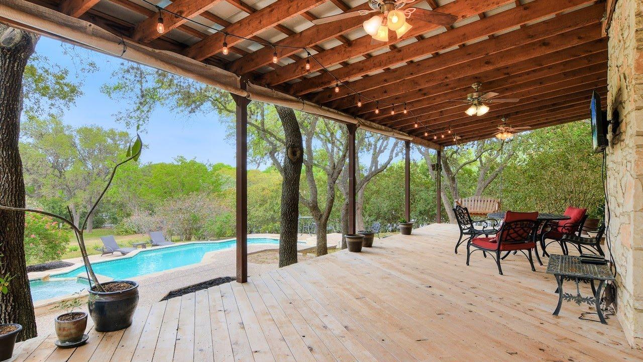 8301 Oak Thicket // San Antonio