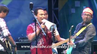 Video Wali Band - Emang Dasar (Palangkaraya, Kalimantan Tengah) download MP3, 3GP, MP4, WEBM, AVI, FLV Agustus 2018