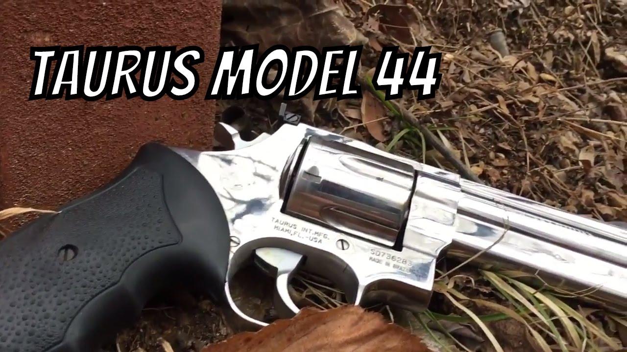 Taurus MODEL 44  44 MAG REVOLVER