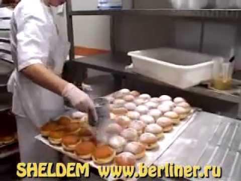 Аппарат для производства пончиков. Не многие владельцы заведений общественно питания и других точек продаж готовых продуктов задумываются о том, чтобы заказать пончиковый аппарат. Такое оборудование предназначено для быстрого производства выпечки, обжаренной в масле, которую сегодня.