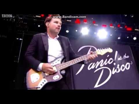 I Write Sins Not Tragedies - Panic! At The Disco - Reading Festival 2015 streaming vf