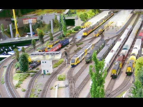 Traincontroller demo. Computer controlled Model Railroad Train Layout.