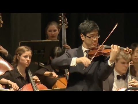 Peabody Symphony Orchestra with Leon Fleisher