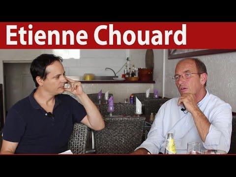 """Etienne Chouard : """"La crise est un piège politique"""""""