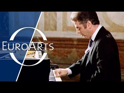 Barenboim: Beethoven - Sonata No. 12 in A-flat major, Op. 26