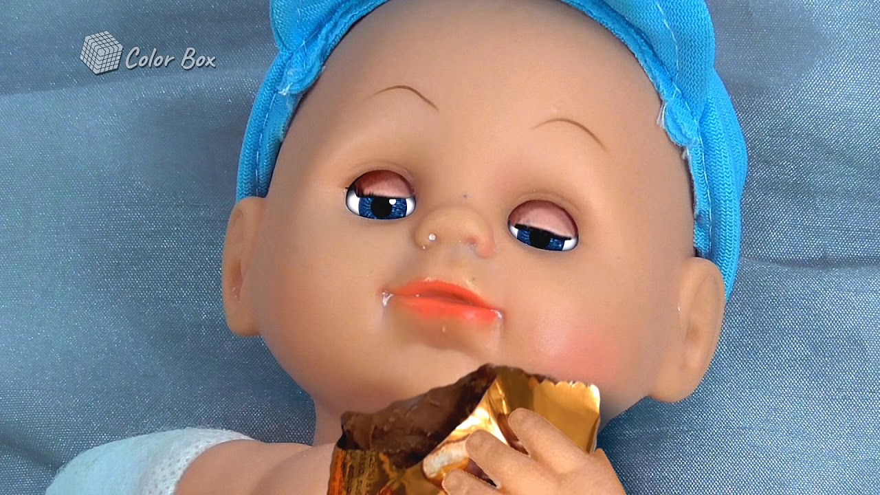 Johny Johny Yes Mama Eating Sugar  Song for kids ♥ funy doll eats chocolate, cookies, chips :)