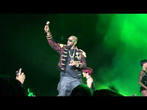 R. Kelly - Go Getta (The Buffet Tour in Miami 5.28.16)